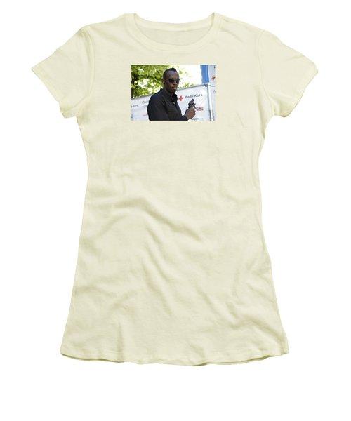 Usain Bolt - The Legend 4 Women's T-Shirt (Junior Cut) by Teo SITCHET-KANDA