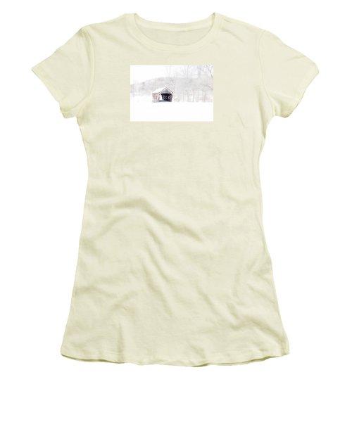 Vermont Covered Bridge Women's T-Shirt (Athletic Fit)