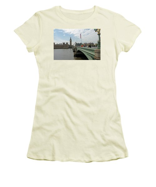 Westminster Bridge Women's T-Shirt (Athletic Fit)