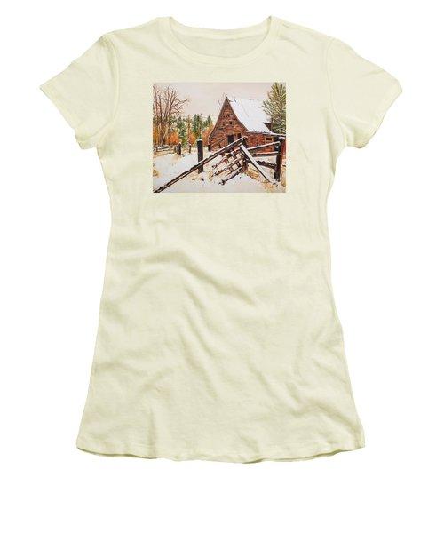 Winter - Barn - Snow In Nevada Women's T-Shirt (Junior Cut) by Jan Dappen