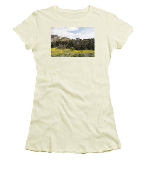 California Hillside View IIi Women's T-Shirt (Athletic Fit)