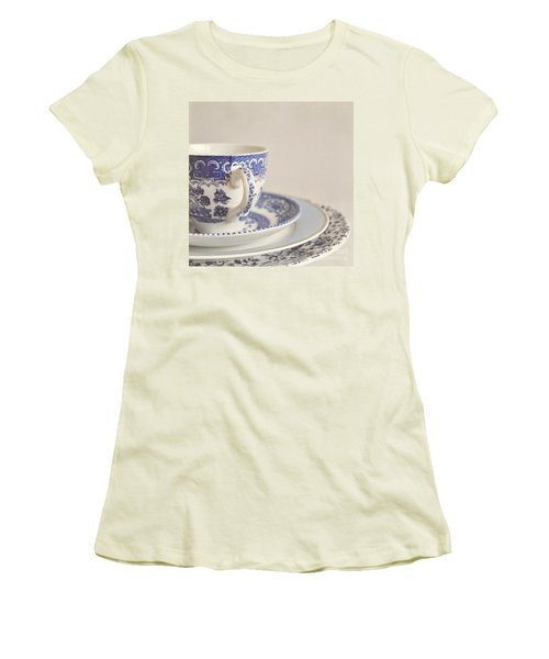China Cup And Plates Women's T-Shirt (Junior Cut) by Lyn Randle