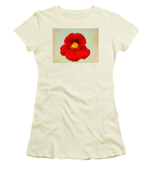 Daylily On Texture Women's T-Shirt (Junior Cut)