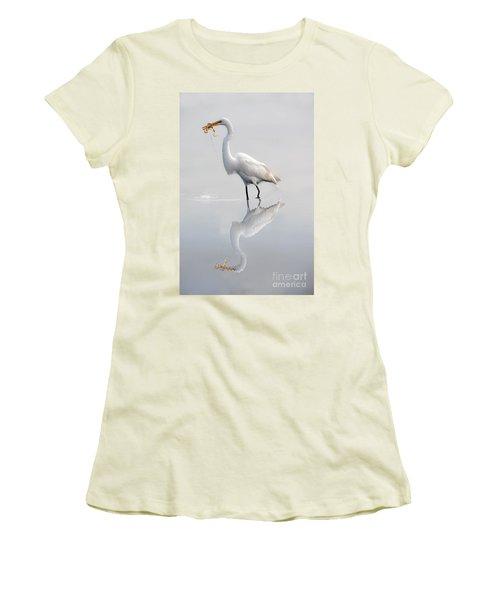 Women's T-Shirt (Junior Cut) featuring the photograph Egret Eating Lunch by Dan Friend