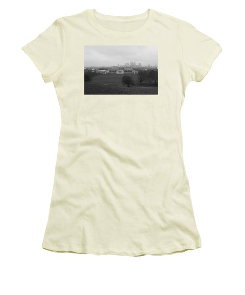 Women's T-Shirt (Junior Cut) featuring the photograph Greenwich View by Maj Seda