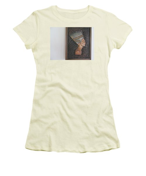 Women's T-Shirt (Junior Cut) featuring the photograph Nefertiti As Is by Tina M Wenger