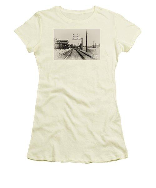 Salisbury North Carolina Depot Women's T-Shirt (Junior Cut) by Wilma  Birdwell