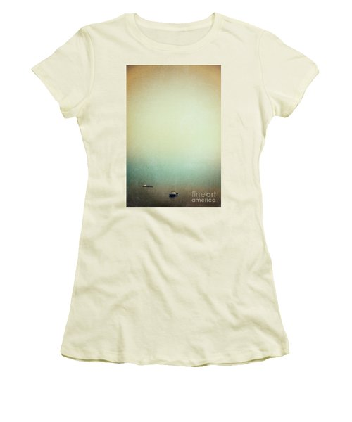 Solitary Ships Women's T-Shirt (Junior Cut)