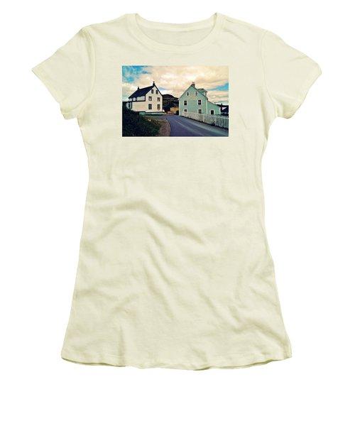 Trinity I Women's T-Shirt (Athletic Fit)
