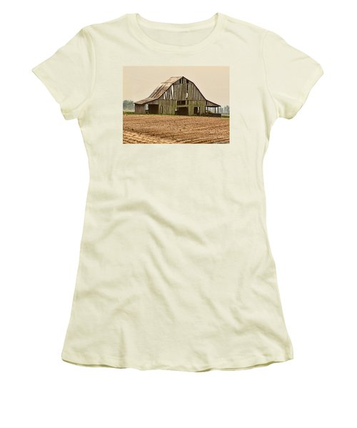 Women's T-Shirt (Junior Cut) featuring the photograph Vanishing American Icon by Debbie Portwood