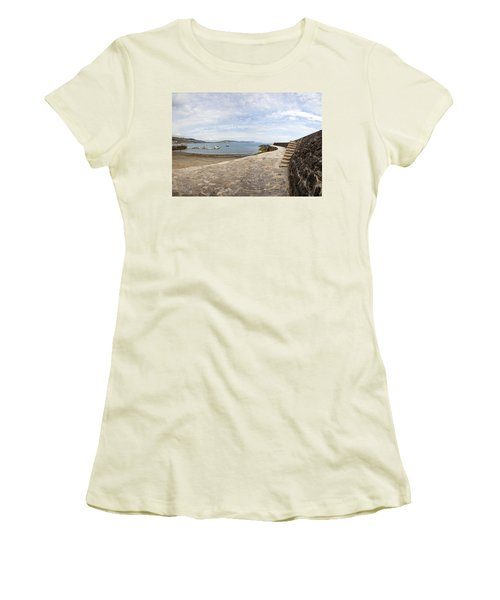 Harbour Wall Lyme Bay Dorset Women's T-Shirt (Athletic Fit)