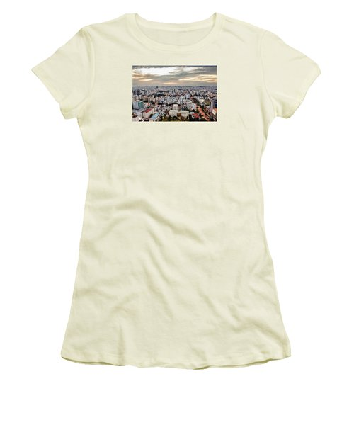 Afternoon On The City Women's T-Shirt (Athletic Fit)