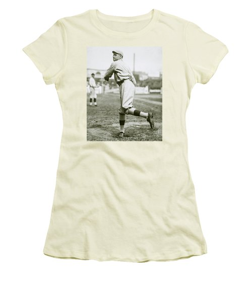 Babe Ruth Pitching Women's T-Shirt (Athletic Fit)