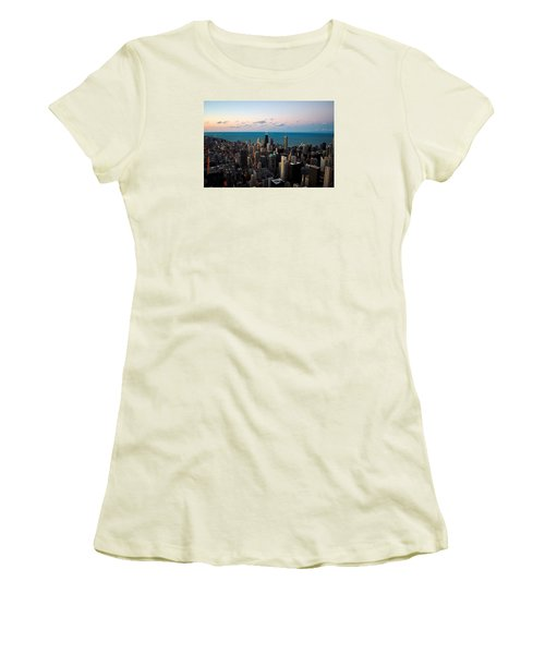 Chicago Skyline 2 Women's T-Shirt (Athletic Fit)