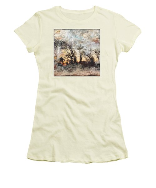 Sing To Me Autumn Women's T-Shirt (Athletic Fit)
