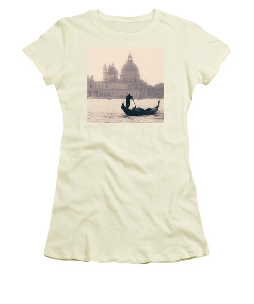 Venezia Women's T-Shirt (Athletic Fit)