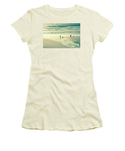 Oceanside Oregon Women's T-Shirt (Athletic Fit)
