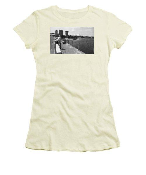 Falomo Bridge Across The Lagoon Women's T-Shirt (Athletic Fit)