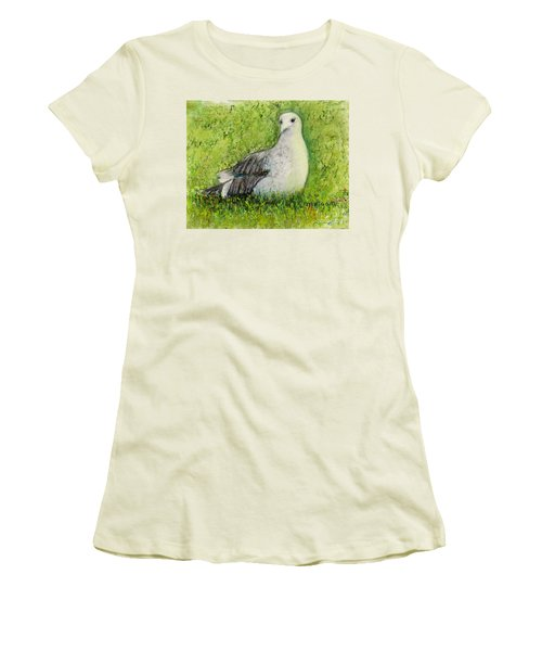 A Gull On The Grass Women's T-Shirt (Junior Cut) by Laurie Morgan