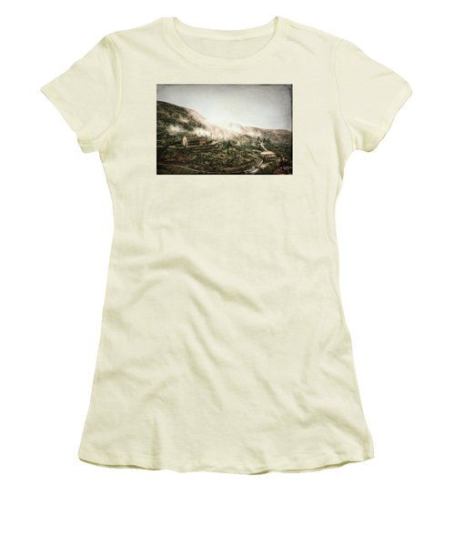 Abandoned Hotel In The Fog Women's T-Shirt (Athletic Fit)