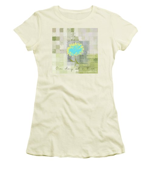Abstractionnel - 29grfl3c-gr3 Women's T-Shirt (Athletic Fit)