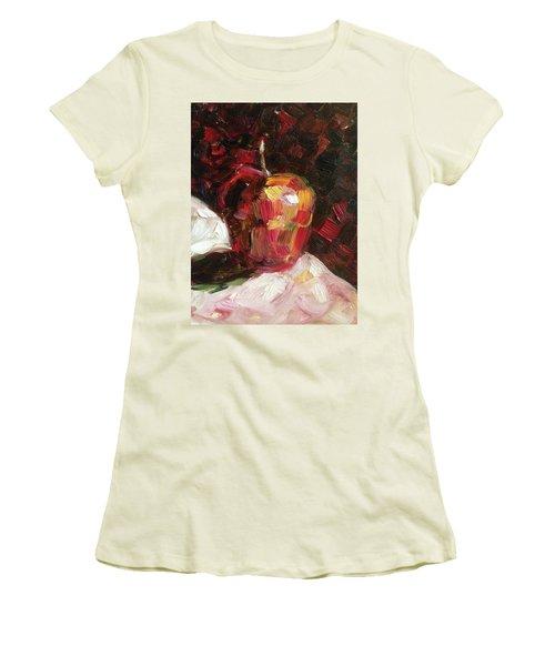 Apple  Women's T-Shirt (Junior Cut)