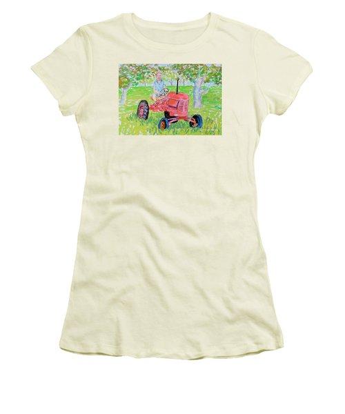 Apple Tree Farmer Sean Smith Women's T-Shirt (Junior Cut) by Rae  Smith