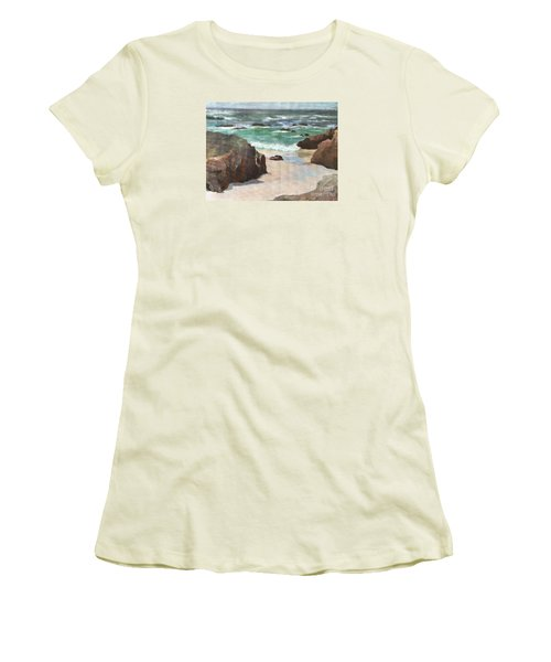 Asilamor Beach Monterey Ca Women's T-Shirt (Athletic Fit)