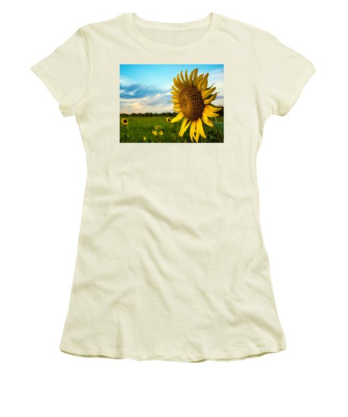 August Icon  Women's T-Shirt (Athletic Fit)