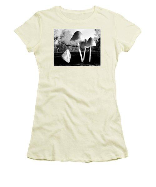 Autumn Belles Women's T-Shirt (Athletic Fit)