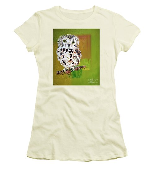 Baby Owl Women's T-Shirt (Athletic Fit)