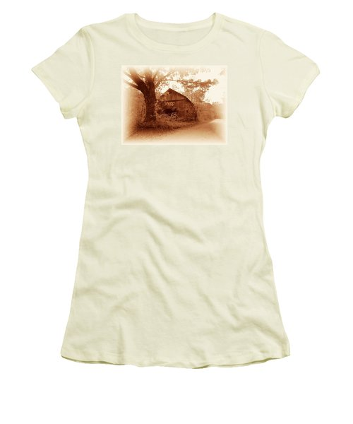 Barn Hocking Co Ohio Sepia Women's T-Shirt (Athletic Fit)