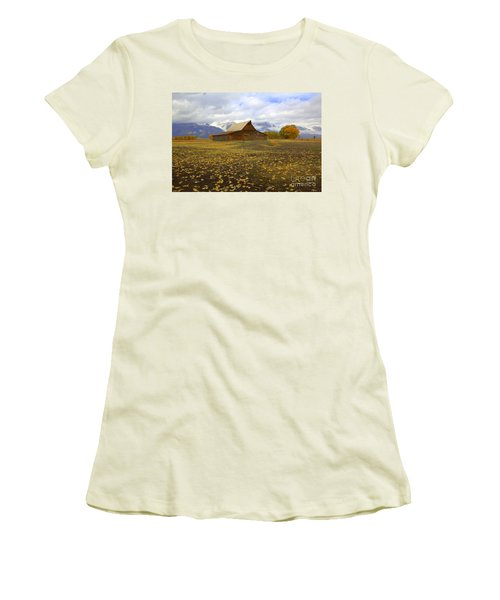 Barn On Mormon Row Utah Women's T-Shirt (Athletic Fit)
