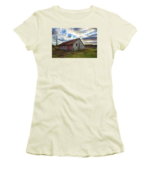 Bay Avenue Barn Women's T-Shirt (Athletic Fit)