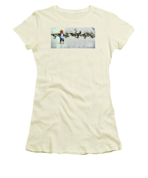 Bird Play Women's T-Shirt (Athletic Fit)