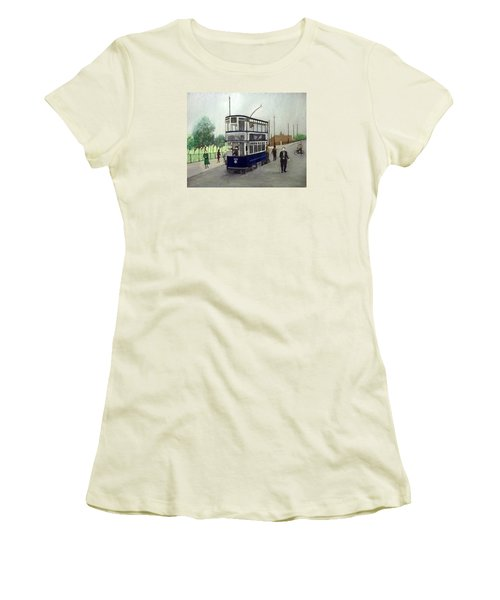 Birmingham Tram With Figures Women's T-Shirt (Athletic Fit)