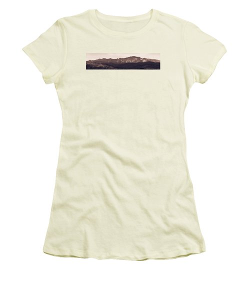 Black Elk Peak Women's T-Shirt (Athletic Fit)