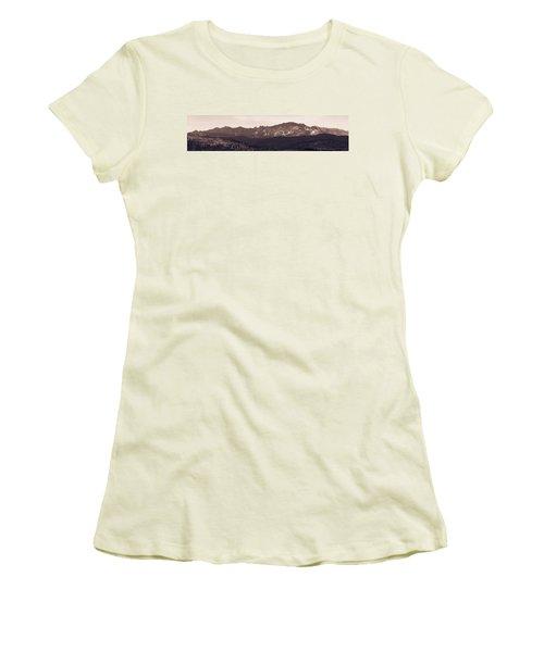 Black Elk Peak Women's T-Shirt (Athletic Fit)
