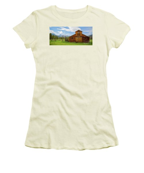 Buckaroo Barn In Rocky Mtn National Park Women's T-Shirt (Athletic Fit)