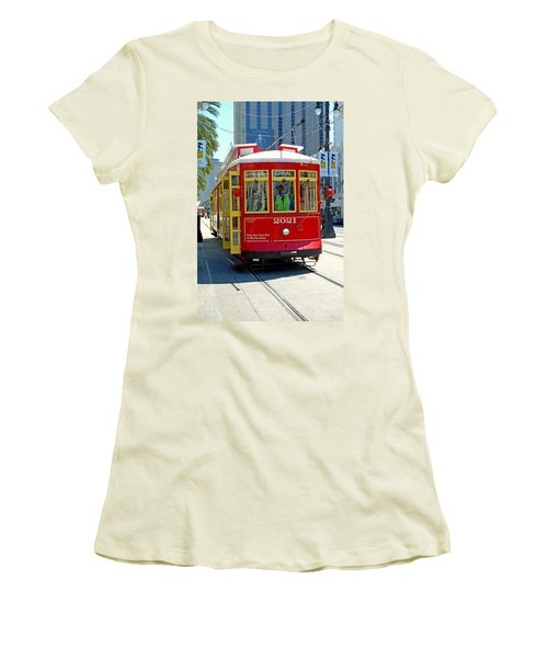 Canal Street Cable Car Women's T-Shirt (Athletic Fit)