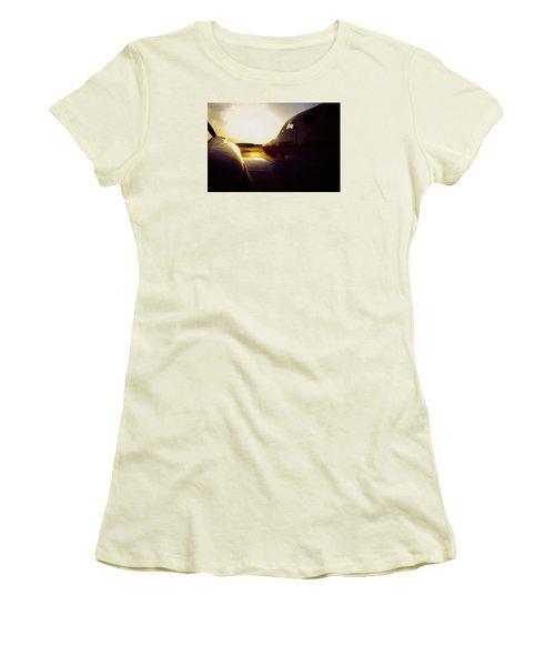 Cessna 421c Golden Eagle IIi Silhouette Women's T-Shirt (Junior Cut) by Greg Reed