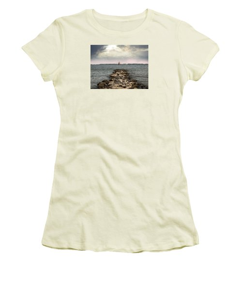 Chesapeake Bay Lighthouse Women's T-Shirt (Athletic Fit)