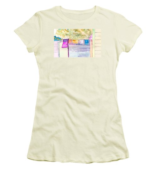 Clothes On The Line Women's T-Shirt (Athletic Fit)