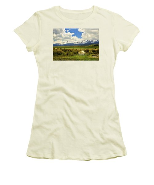 Colorado Mountain Vista Women's T-Shirt (Junior Cut) by L O C