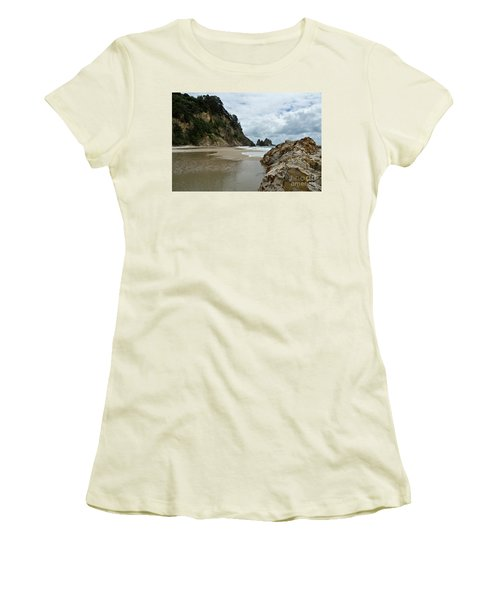 Coromandel, New Zealand Women's T-Shirt (Athletic Fit)
