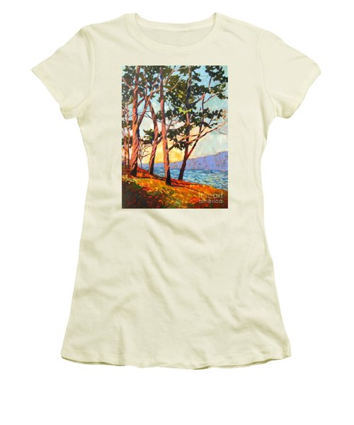 Cypress Light Women's T-Shirt (Athletic Fit)