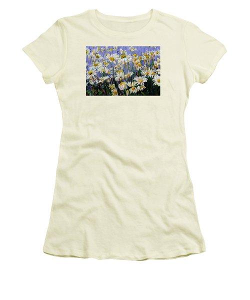 Daisy Spirit Sundance Women's T-Shirt (Athletic Fit)