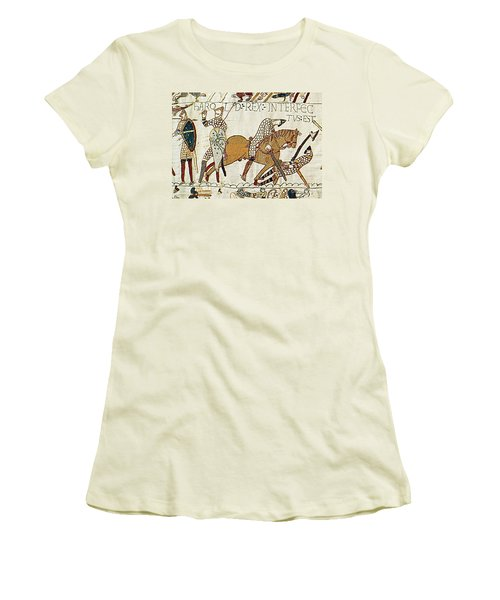 Death Of Harold, Bayeux Tapestry Women's T-Shirt (Athletic Fit)