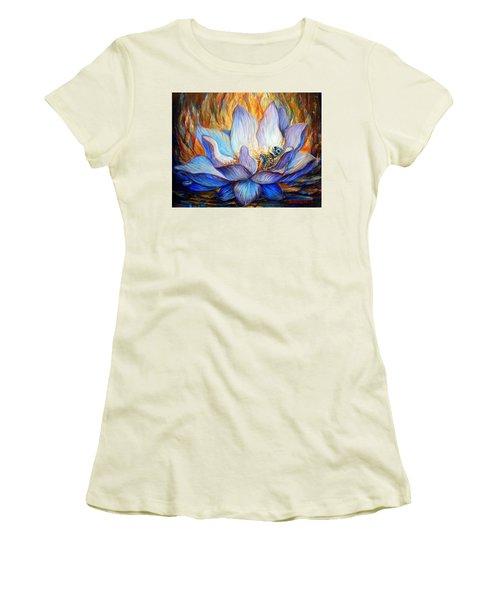 Despierto Women's T-Shirt (Athletic Fit)