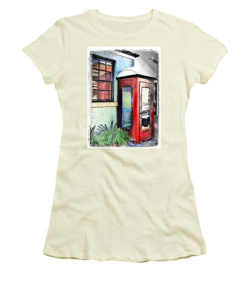 Do-00091 Telephone Booth In Morpeth Women's T-Shirt (Athletic Fit)